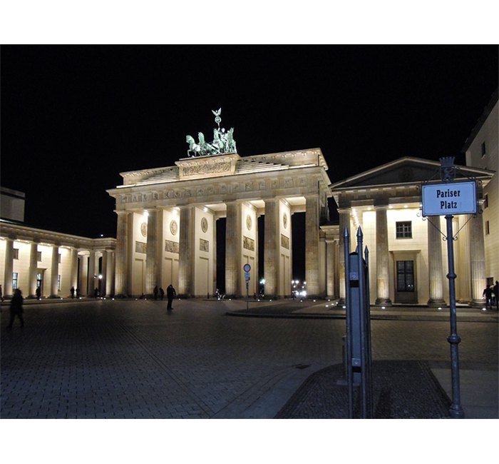 Berlin photo - Night on Pariser Platz - photo cult berlin