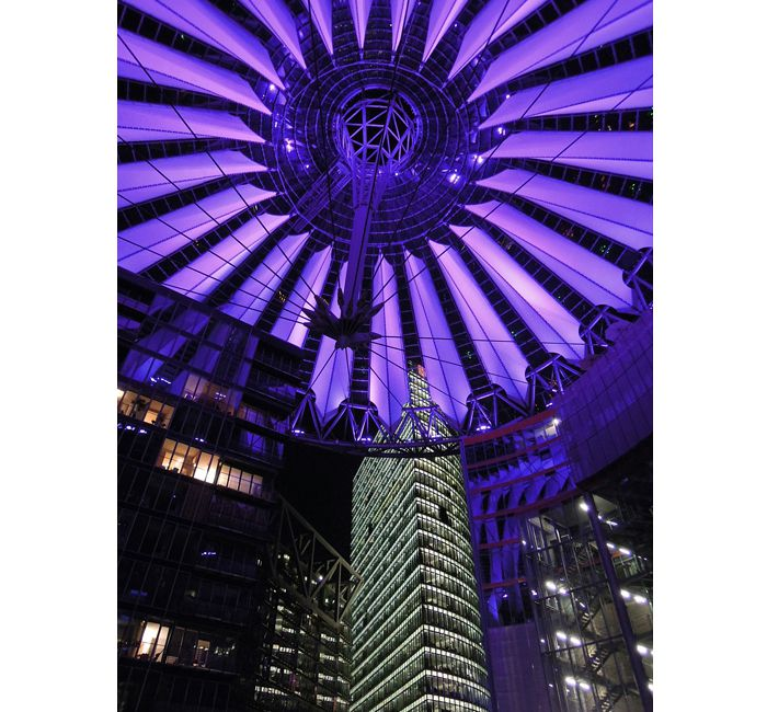 Berlin photo - Purple illuminated dome of the Sony Center - photo cult berlin